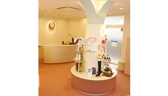 ビー・エスコート 稲沢店の店舗写真