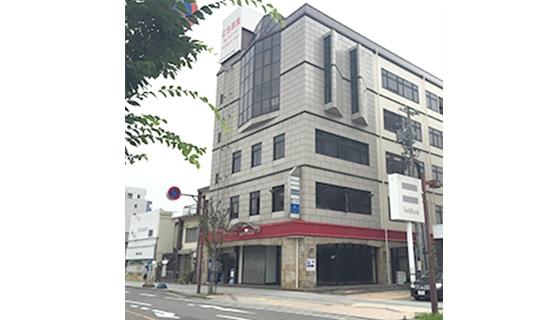ビー・エスコート 桑名店の店舗写真