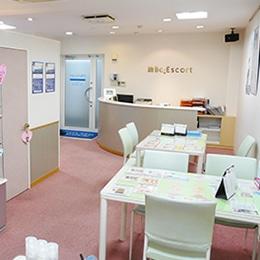 ビー・エスコート ビー・エスコート 松阪店