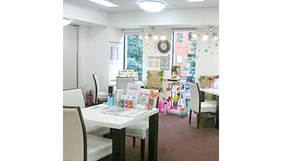 ビー・エスコート 新宿西口店の店舗写真