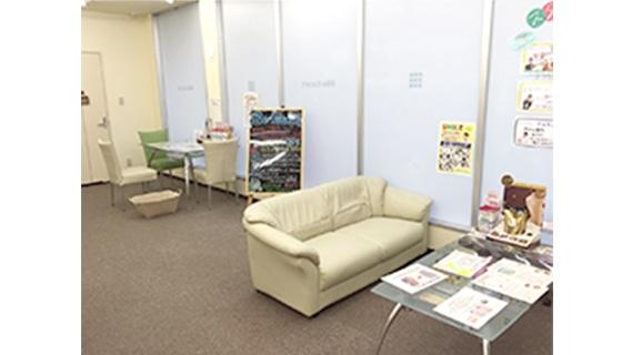 ビー・エスコート 豊橋店の店舗写真