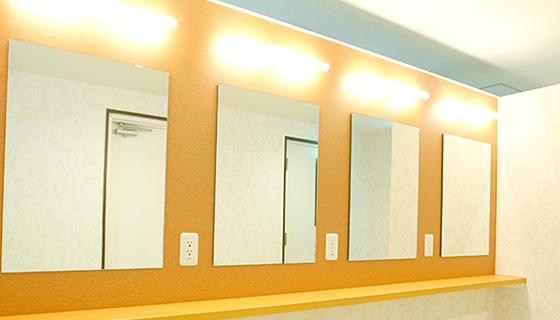 銀座カラー 銀座本店の店舗写真