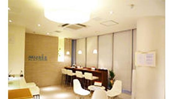 ミュゼプラチナム 新宿東口アネックス店の店舗写真