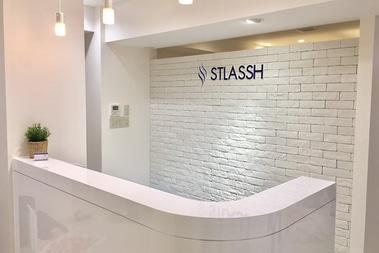 ストラッシュ 名古屋栄店の店舗写真