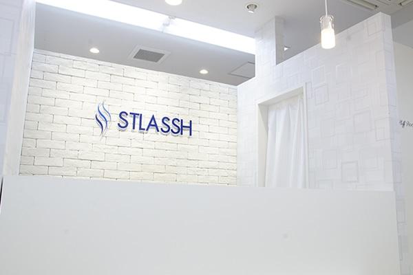 ストラッシュ 横浜アネックス店の店舗写真