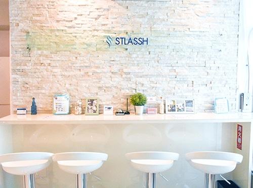 ストラッシュ ストラッシュ 池袋アネックス店