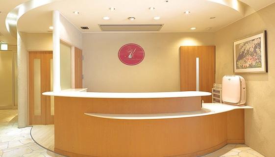 エミナルクリニック 久留米院(提携:久留米総合美容外科)の店舗写真